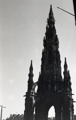 The towering Scott Monument