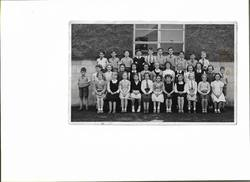 Murrayburn Primary School Class of 1954 - Teacher Unknown (A)