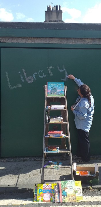 Pop-up libraries