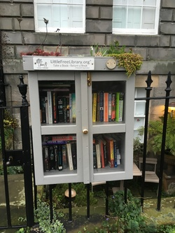 Little library box, New Town