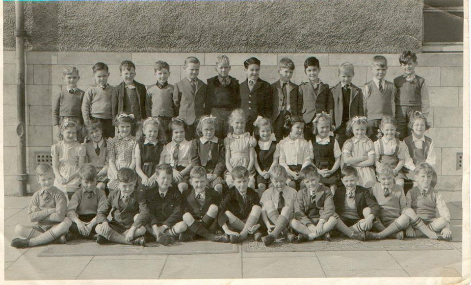 Murrayburn Primary School-Class of 1946/7 Teacher Unknown