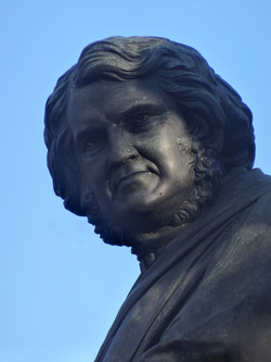 Simpson, Sir James Young, detail of statue