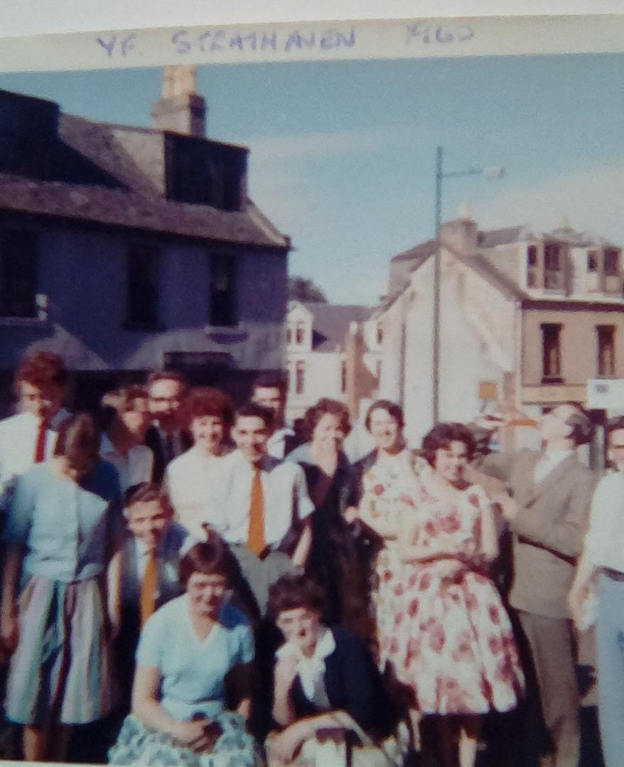 St Nicholas Church Youth Fellowship Outing to Strathaven 1960