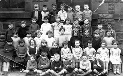 Couper Street School Class Portrait 1936