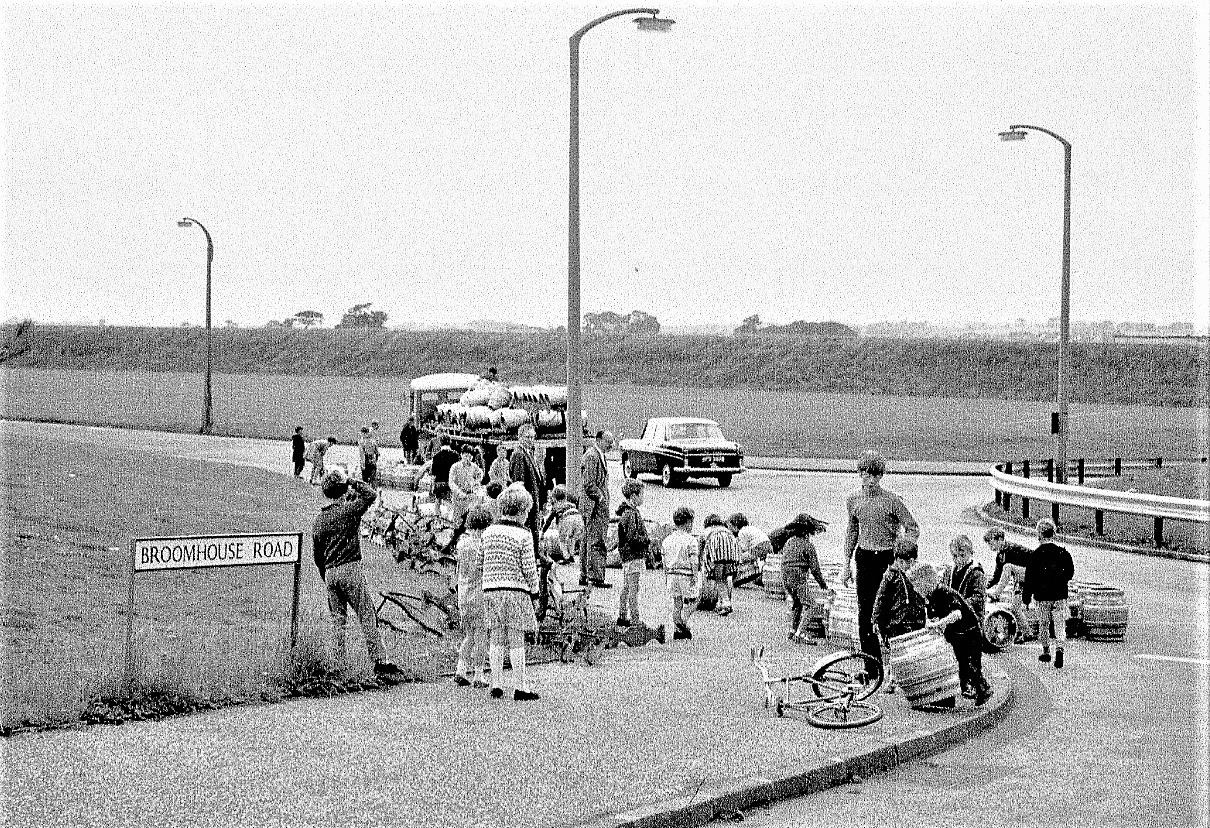 Broomhouse Beer Lorry accident  in the early 1970s.