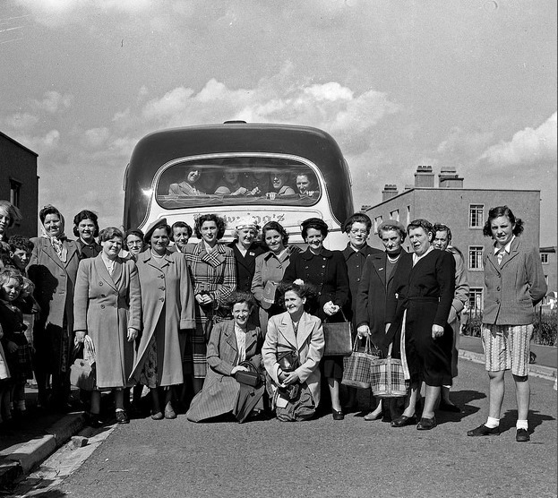 Broomhouse Ladies Mystery Tour in the 1950s