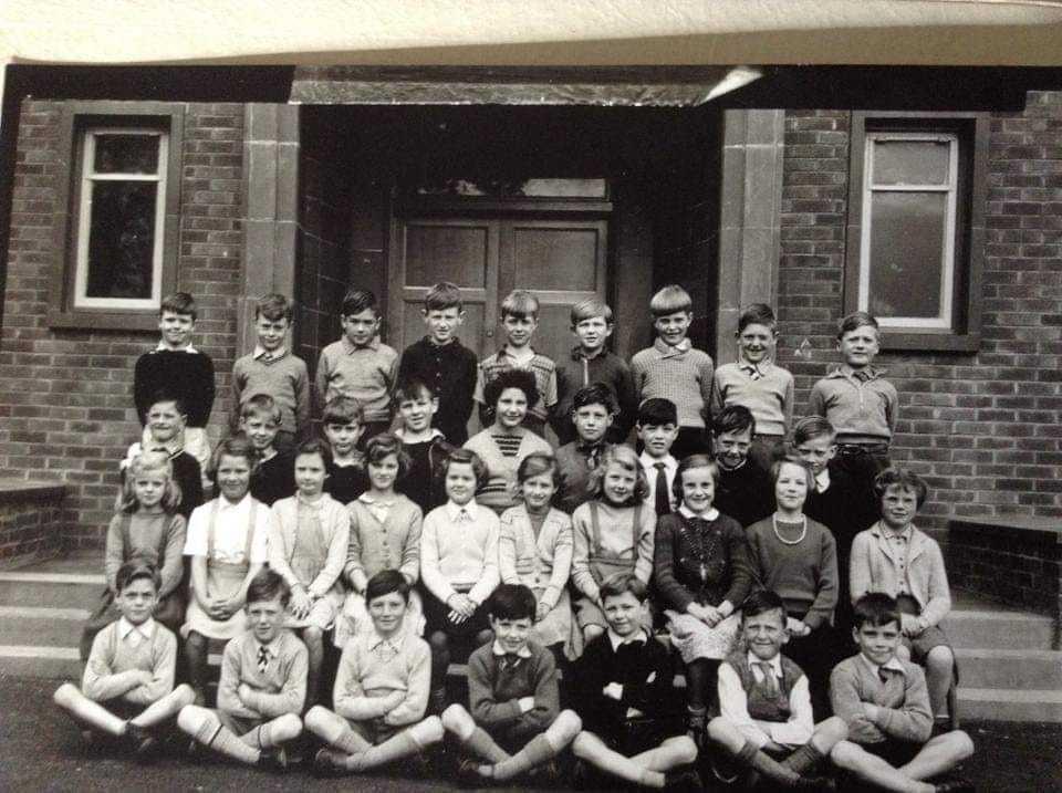 Broomhouse Primary School - Class of 1958/59