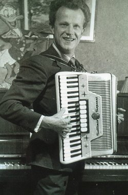 Our Father learned to play the accordion at home in Grudiadz in Poland