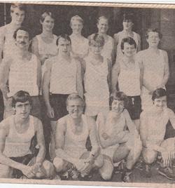 1982 Younger's Tartan Edinburgh Marathon - Scottish Life Team