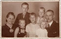 The family photo from left to right front row, Franciszka our Polish Grandmother age 34,