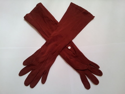 Red evening gloves