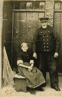 Husband And Wife Outside Their Home In New Lane, Newhaven c.1910
