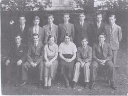 1925-35 Unknown Group