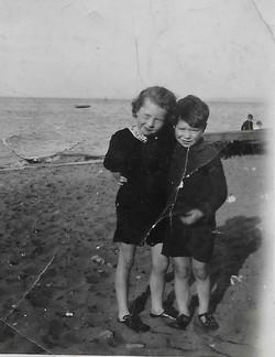Bill & Betty Black on Portobello beach