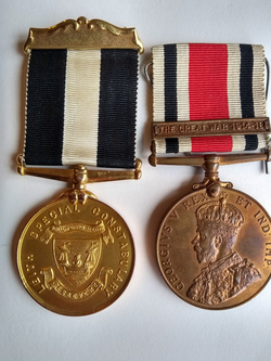 Leith Special Constabulary Medal And George V Special Constabulary Long Service Medal With The Great War Clasp c.1919