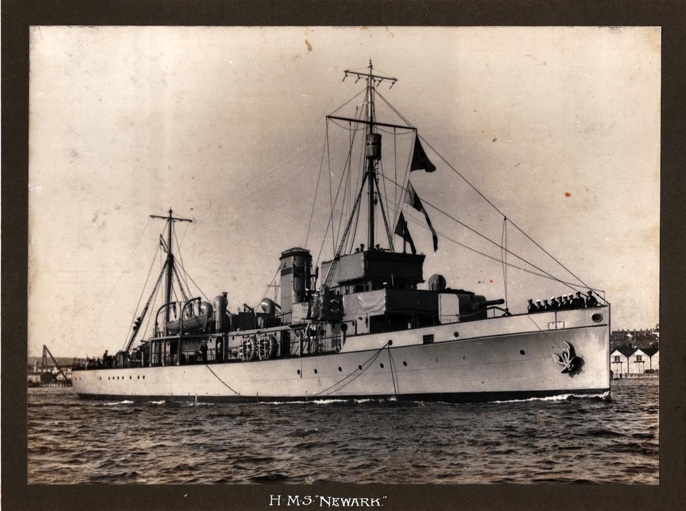 HMS Newark, Hunt Class Minesweeper c.1918