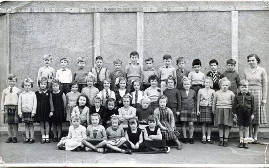 Wester Hailes Primary School - Miss Cowe's Class P1- 1953