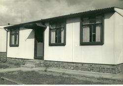 AILOH Prefab (No. 11 Calder Drive) 1947