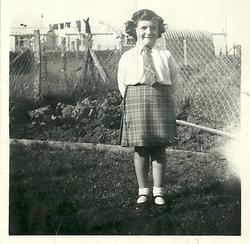 Back fencing and garden of 11 Calder Drive 1949