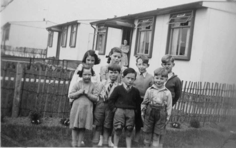 Children of Calder Avenue East circa 1951