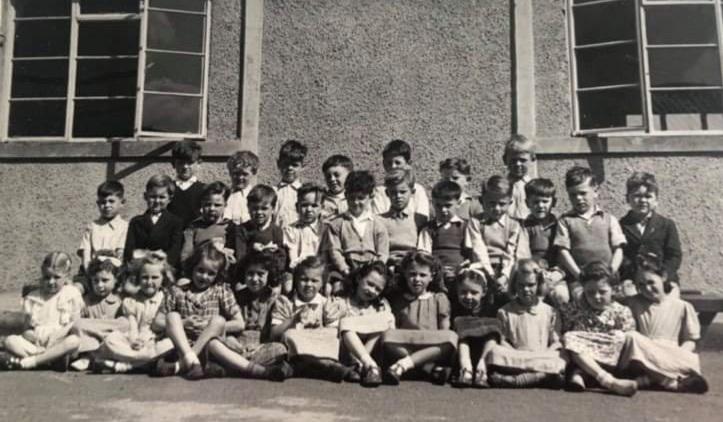Murrayburn Primary School Class 6 - 1949/50