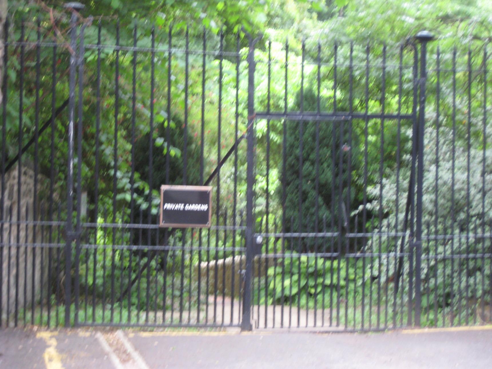 "West Mill Lane, Dean Village - Climbing the High ""Dean Garden"" Gate's."