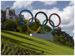 The Olympic Rings looking towards Edinburgh Castle and Ramsay Gardens