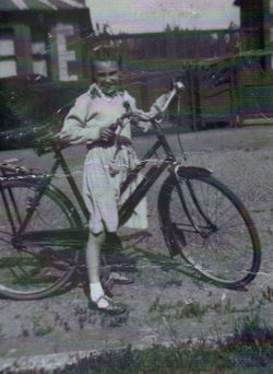 Me on my Bike at Queensferry Park.