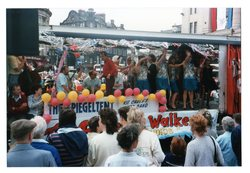 Spiegeltent float - Kit Carey's jazz band Jazz Festival Parade1987