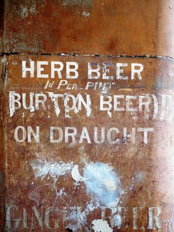 Edinburgh Ghost Signs - Herb Beer - Upper Bow