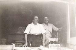 Elizabeth Lyle (Cissie) at Liston & Brown's Fishmongers, Slateford Road