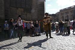Impromptu street performance, Edinburgh Fringe