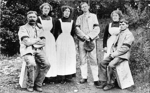 Workers At The Gunpowder Mill 1914-1918