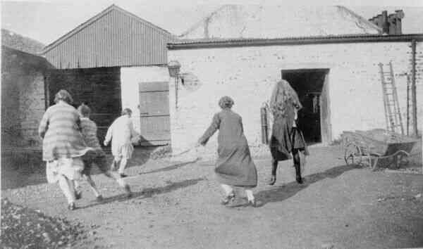 Game Of Rounders c.1925