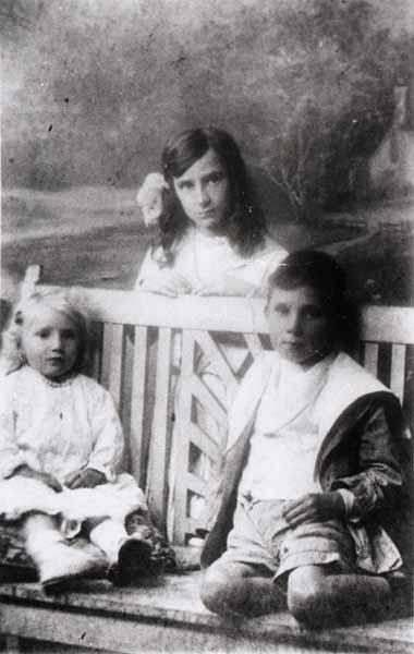Studio Family Portrait 1915