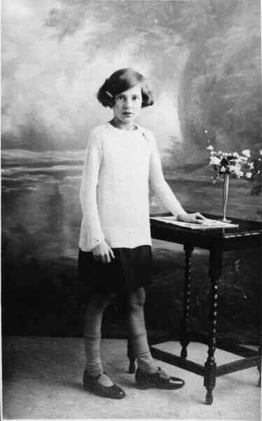 Studio Portrait Girl 1930