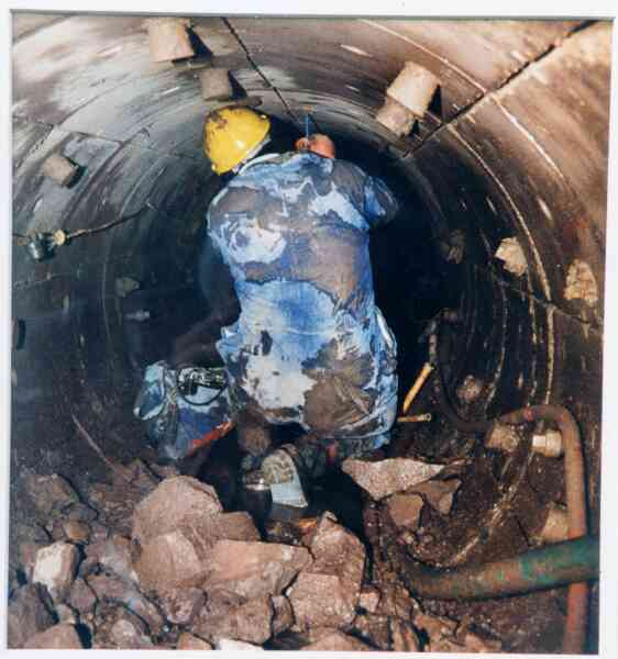 Constructing New Sewers Beneath Edinburgh 1991