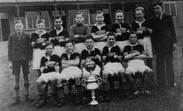 School Football Team 1937
