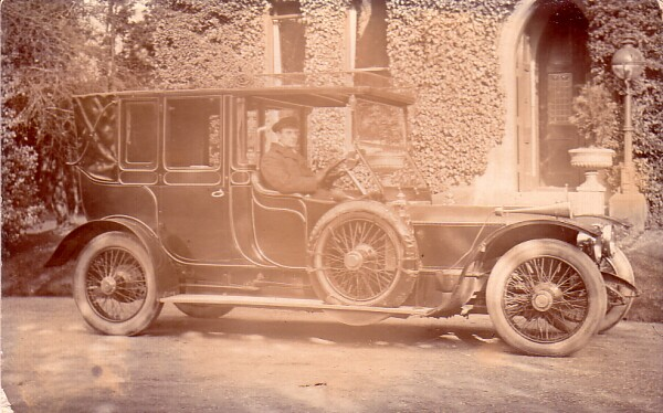 Chauffeur 1911
