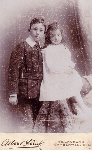 Studio Portrait Victorian Children 1890s