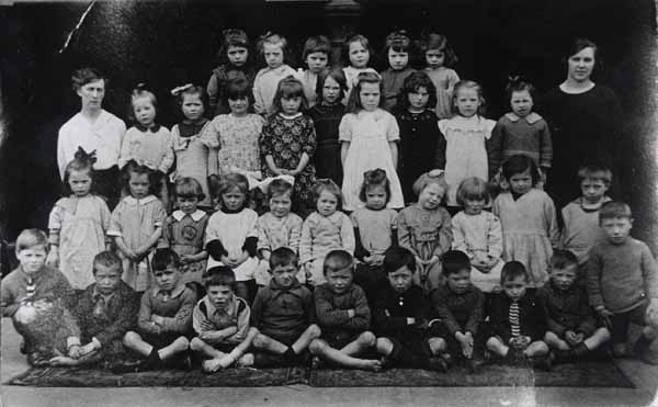 North Canongate School Class Portrait c.1923