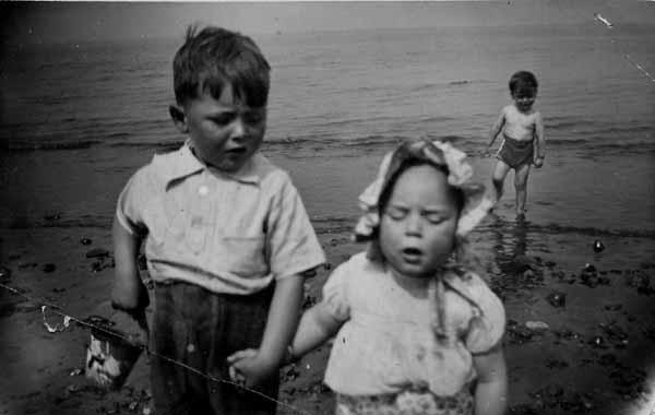 Brother And Sister At Portobello Beach 1938