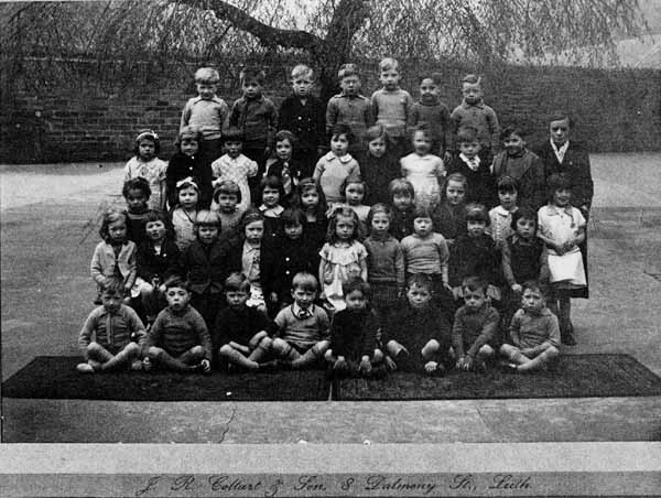 London Street Primary School Class c.1938