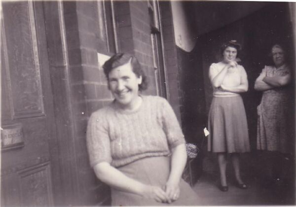 Women In Tenement Close And Balcony c.1940