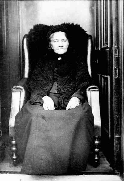 Elderly Victorian Lady Seated 1880s