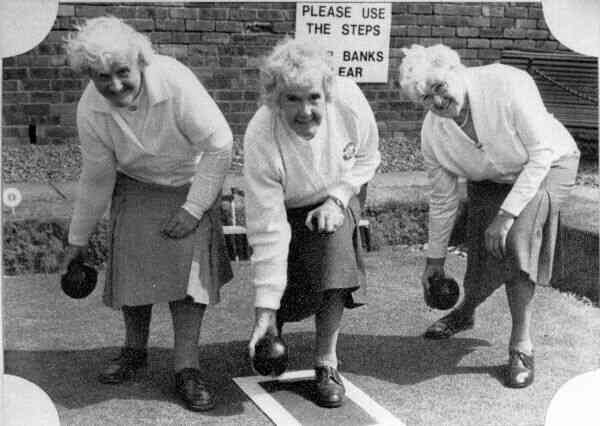 Three Bowling Champion-Winning Sisters 1980s