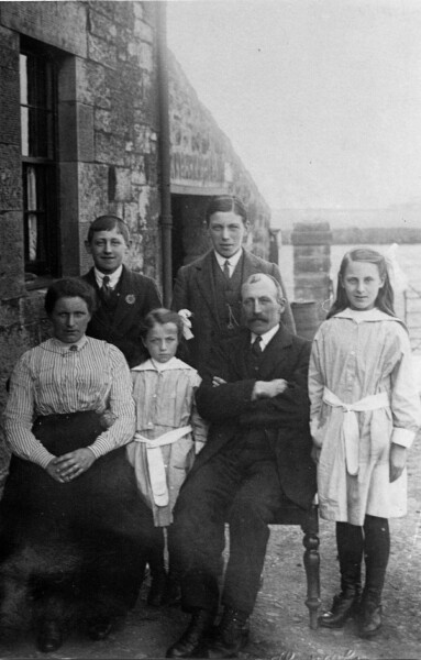 Family Portrait Saughton Mains Farm 1918