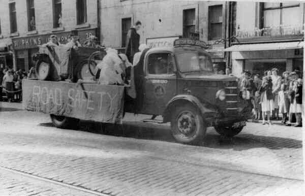 Dundee University Student Charities Day Parade 1953