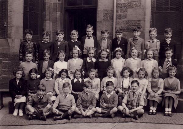 North Merchiston Primary School Class Portrait 1949