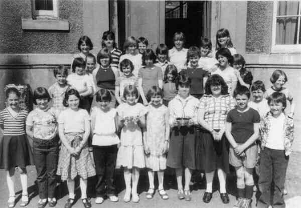 Craigmillar Primary School Choir 1970s